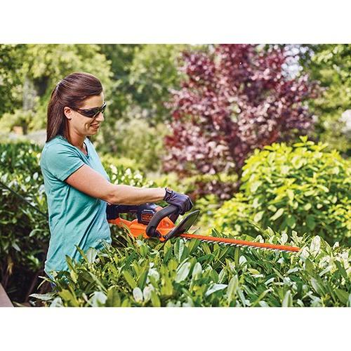 BLACK+DECKER Lithium Powercut Hedge Trimmer, 24""